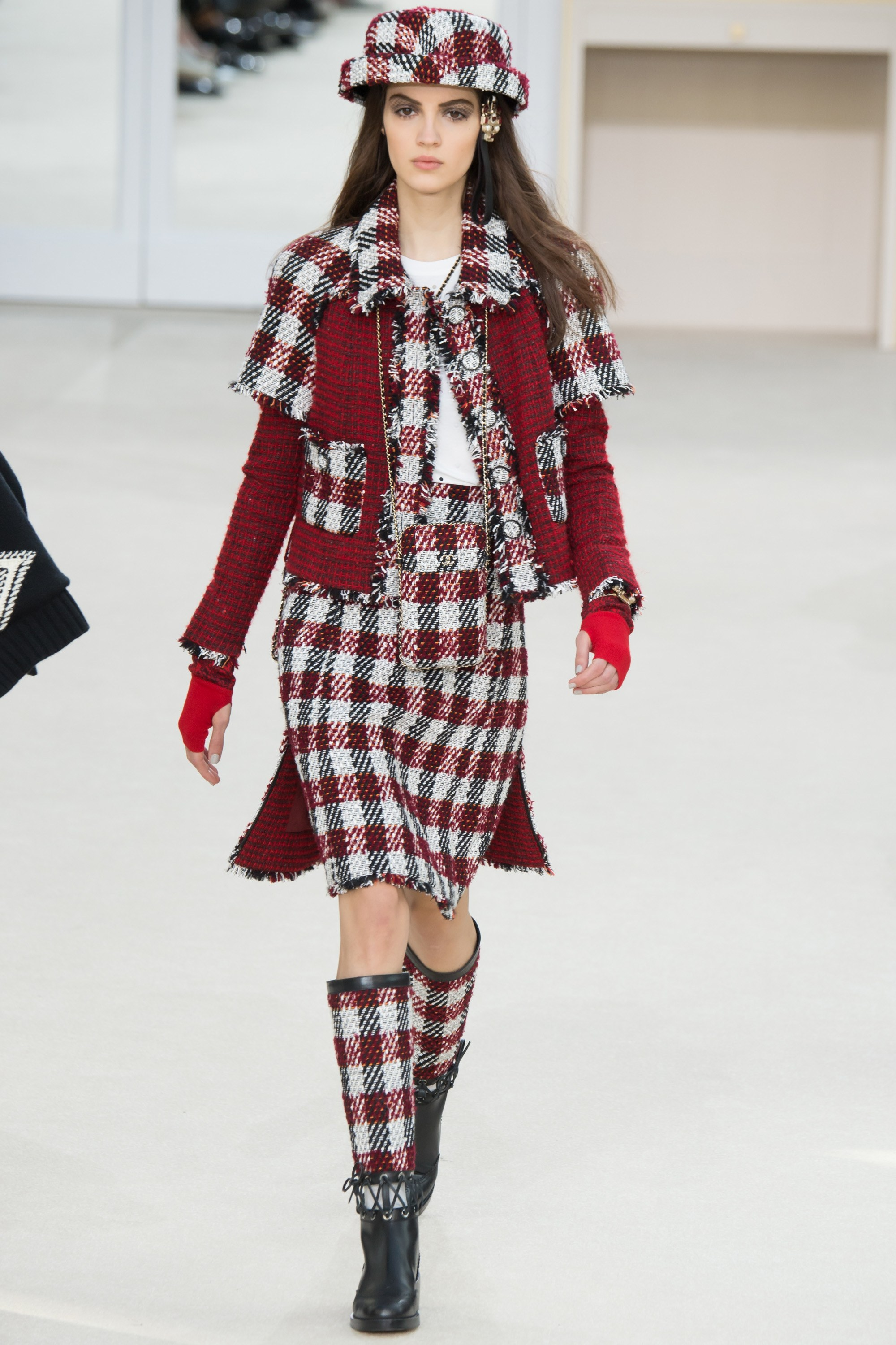 idei de tinute chanel aw 16 17