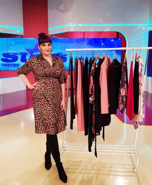 Garderoba Capsulă: 13 piese, 70 de ţinute la Antena Stars
