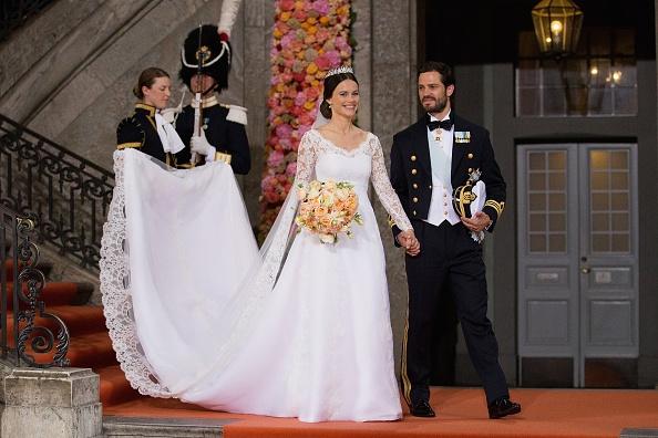 sofia-hellqvist-wedding-dress-pictures
