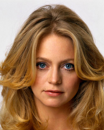 Goldie-hawn-classic-clear-spring