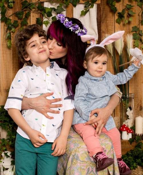 Mă asortez cu amândoi copiii – şedinţă foto de familie
